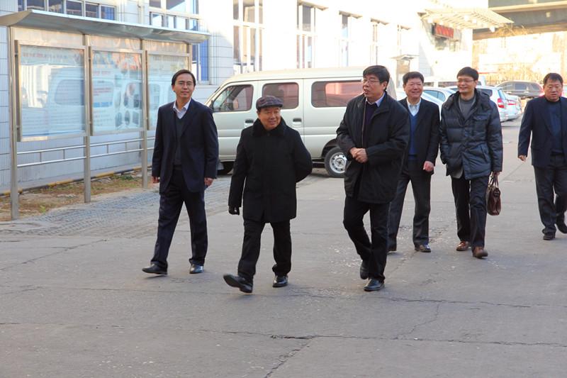 第一副总裁莅临天津蓝天检查指导工作